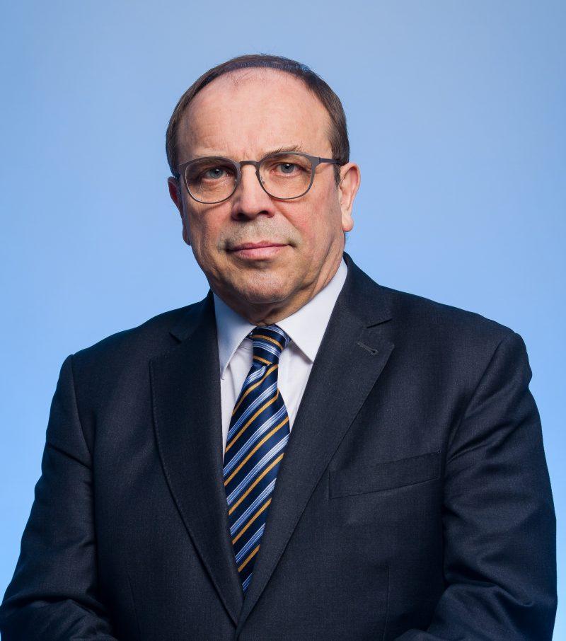Dr Mieczysław Groszek